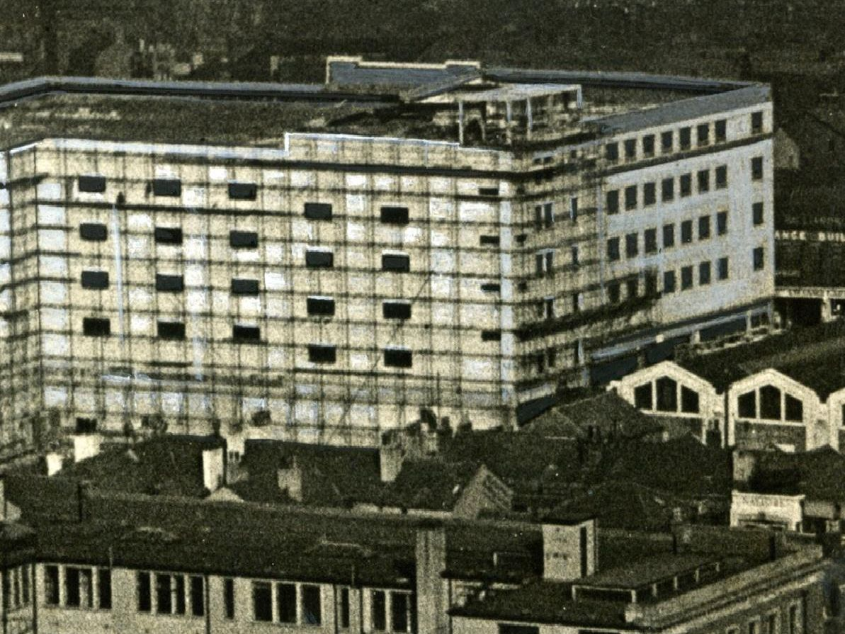 Aerial view Talbot Road Bus Station and multi-storey car park with the newly built St John's Market alongside. Historical dated 25/02/1939