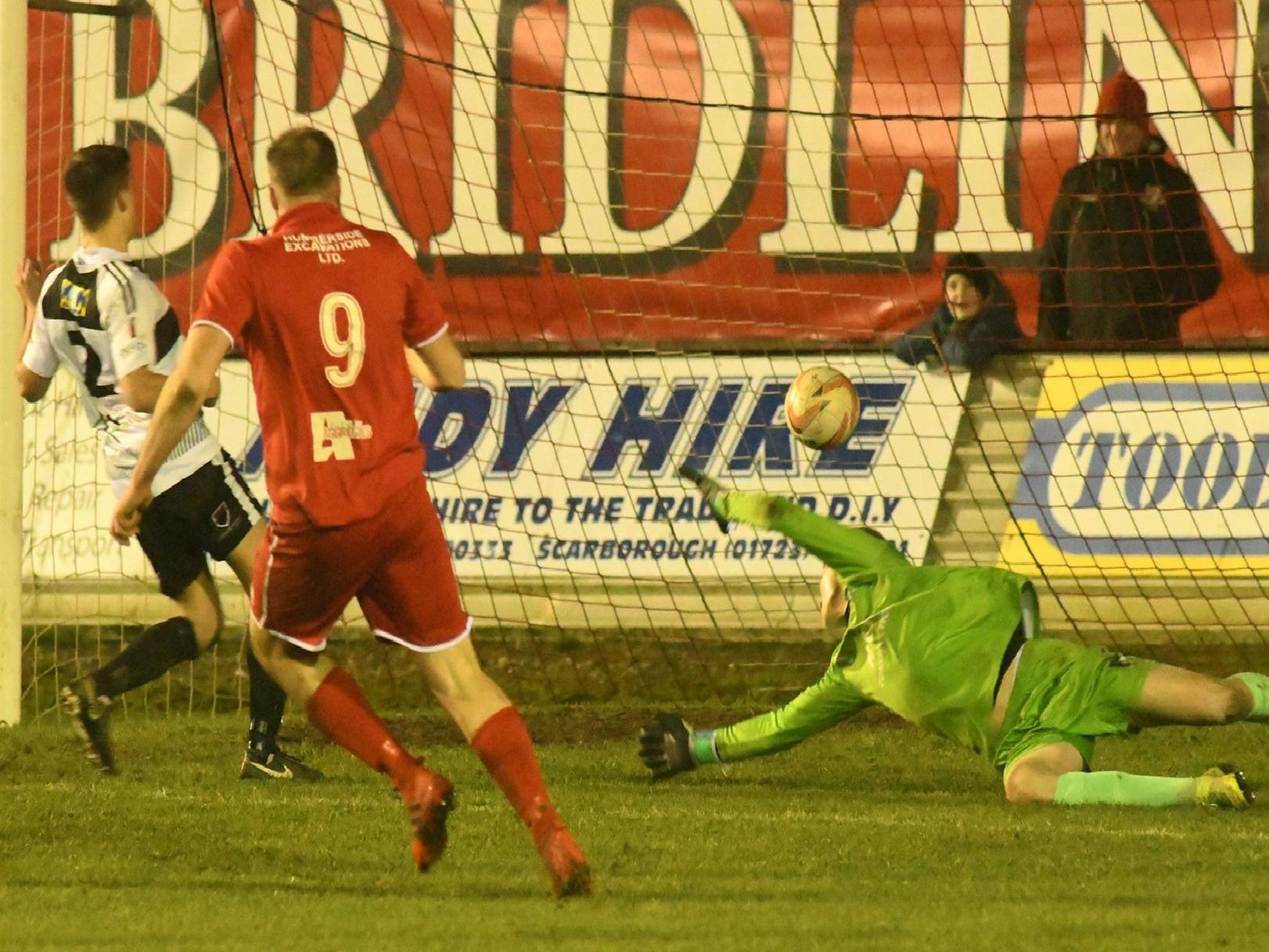 Bridlington Town v East Yorkshire Carnegie