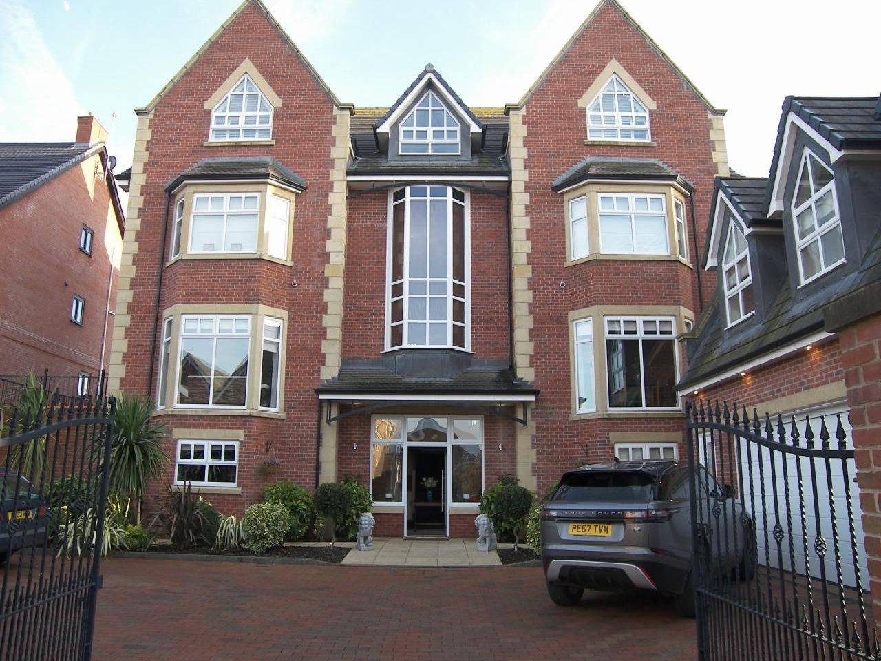 The four-storey property has over 30 rooms including a self-contained one bedroom first floor flat.