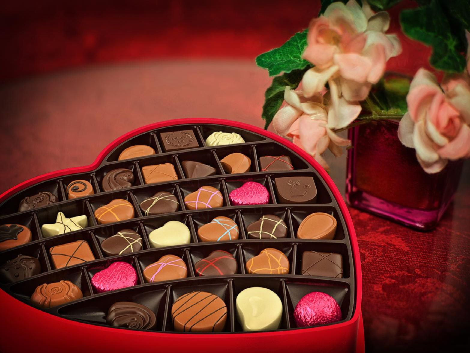 Traditional gifts include chocolates and flowers