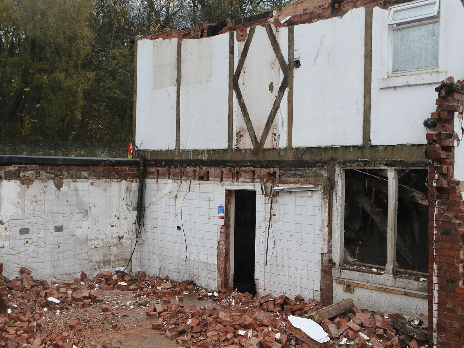 Demolition of the former China Fong restaurant and Ye Old Plough Inn on Chesterfield Road North.