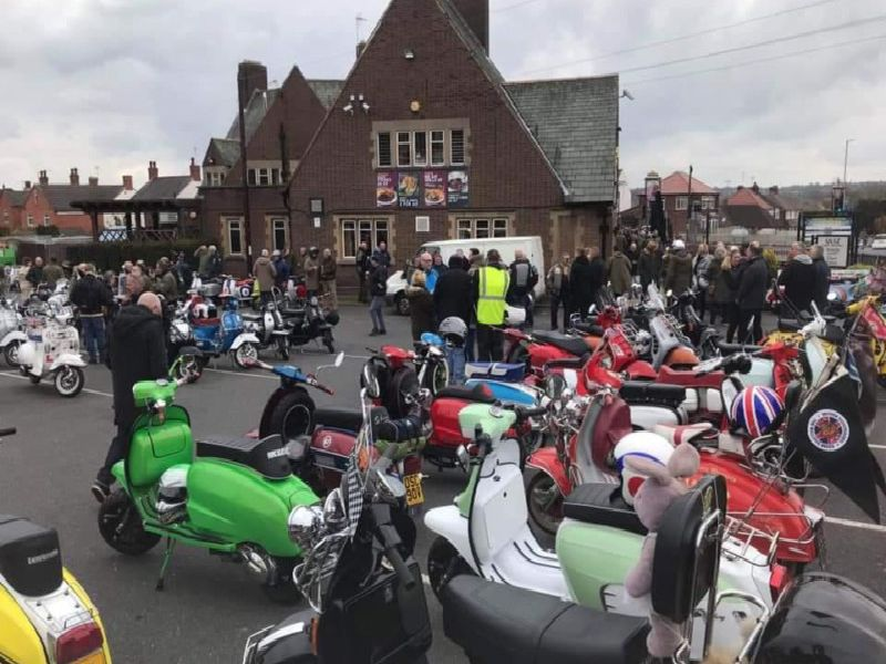 The Mansfield Roadrunners Scooter Club travelled from the Sir John Cockle pub in Mansfield to Kings Mill Hospital