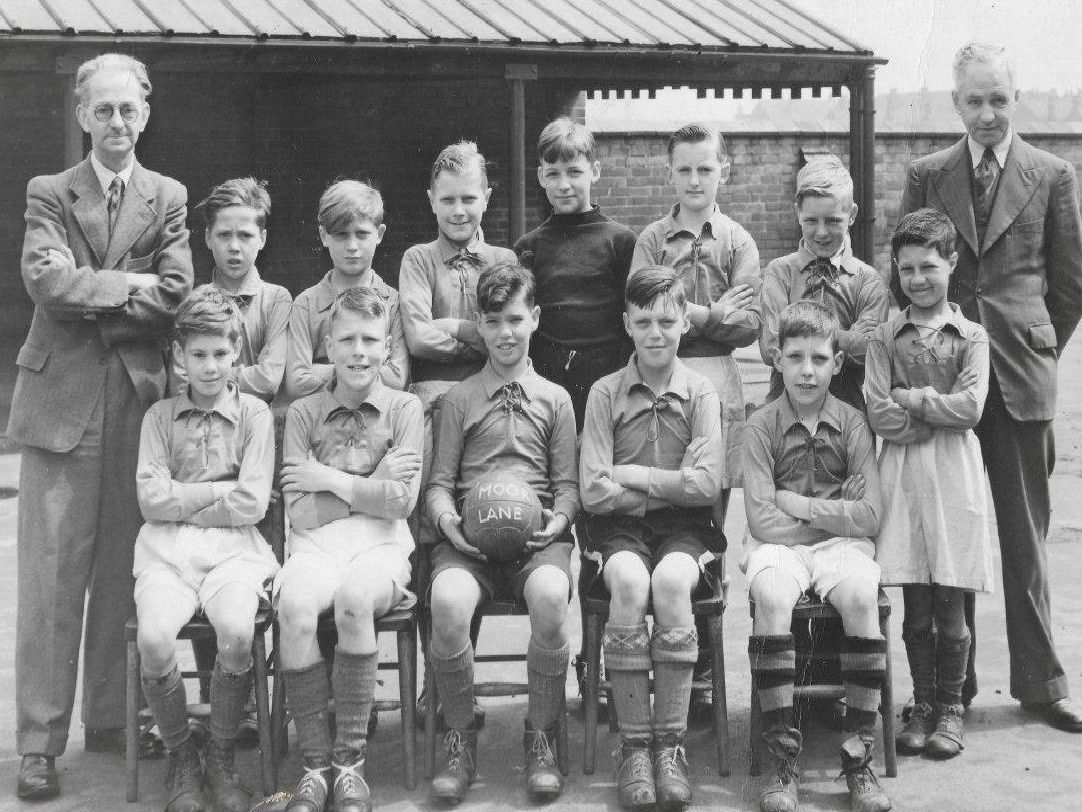 1940: This great group shot is Morton School football team, a fantastic picture courtesy of Keith Biggs. Keith is also pictured in this team. He once had a trial for Mansfield Town but didnt make the side.
