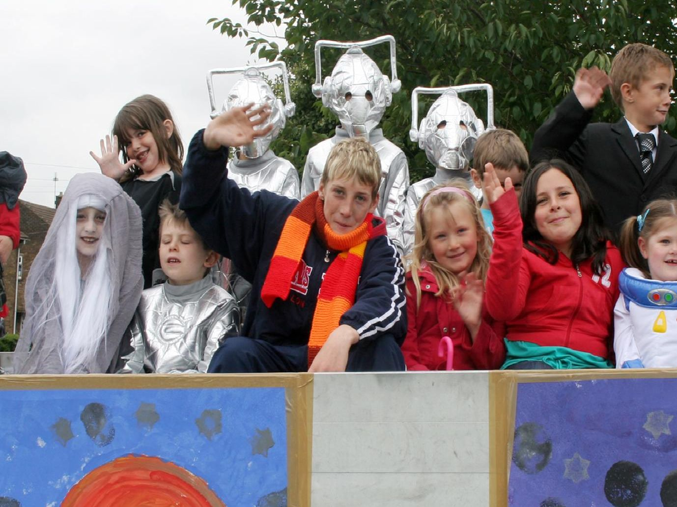 Tupton Primary School pupils on the Dr Who float at Tupton Carnival in 2007.