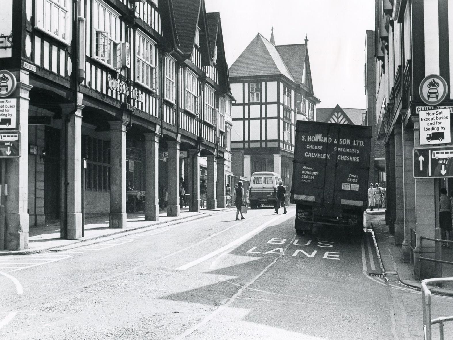 Chesterfield then and now. Retro Knifesmithgate Chesterfield, June 1979.