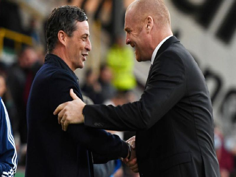 Sean Dyche with Sunderland manager Jack Ross at Turf Moor