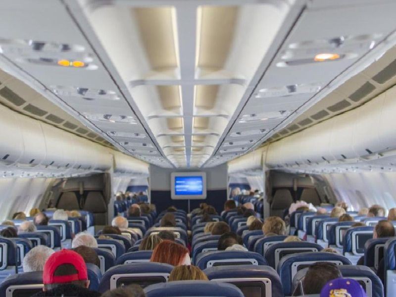 There are many tips to help you relax during a flight.