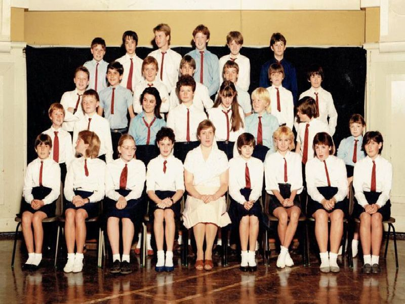 Here is an old photo of a class of students at Ilkeston School. The image was captured around 1983.