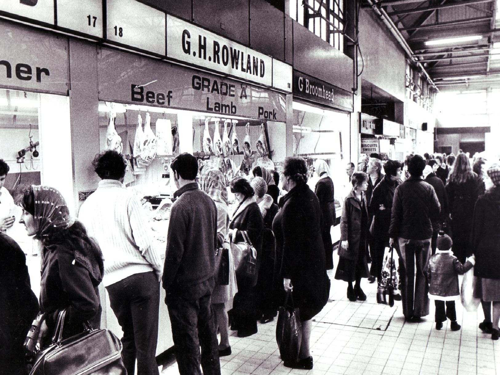 A busy day at Castle Market in 1977.