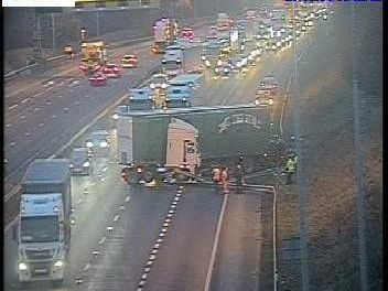 A jackknifed lorry had blocked three lanes of the eastbound carriageway between junction 32 (Castleford) and junction 32A (A1M).Photo: Highways England