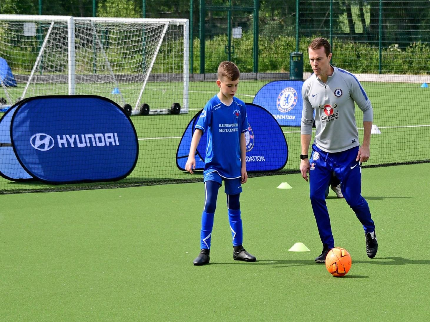 Crofton Juniors take part in the special training session, organised by Hyundai FC.