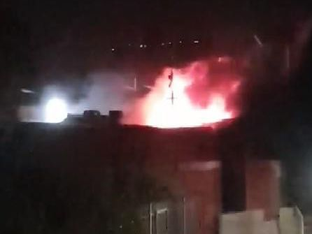 Watch dramatic footage of fire ripping through Leeds industrial unit