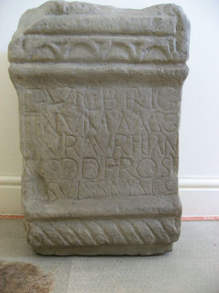 Community group aims to raise funds for stone replica of Roman Altar found in Greetland