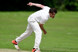 Iain Wardlaw claimed 4-30 as Hartshead Moor dismissed Ossett for 86 in lst Saturday's abandoned Championship One game.