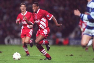 31 OCT 1994:  JOHN BARNES OF LIVERPOOL IN ACTION DURING THE ENGLISH PREMIERSHIP MATCH AGAINST QUEENS PARK RANGERS AT THE LOFTUS ROAD GROUND, LONDON. Mandatory Credit: Phil Cole/ALLSPORT