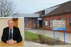 The chief executive of the trust which runs Bridlington Hospital will retire at the end of the month