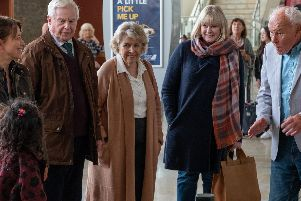 Picture Shows:  Gillian (NICOLA WALKER), Alan (DEREK JACOBI), Celia (ANNE REID), Caroline (SARAH LANCASHIRE), Ted Buttershaw (TIMOTHY WEST) - (C) Lookout Point - Photographer: Matt Squire