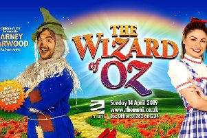 Emmerdales Mia Macey and Britannia Highs Sapphire Elia is starring as Dorothy in The Wizard of Oz at The Muni Theatre, Colne, this month. (s)