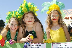 Tideswell Wakes Week ends in dazzling display of colour at carnival