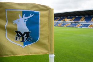 Stags' head physio Ross Hollinworth is to leave his post.