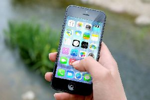 Should mobile phones be banned from the classroom?