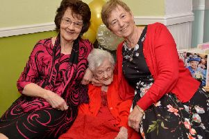 Olive with daughters Eileen Coupe and Katherine Williams