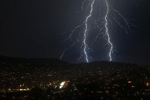 Will we see thunder and lightning this weekend?