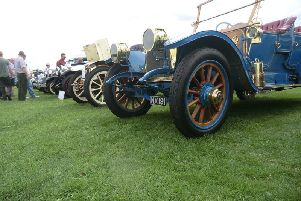 Ripon racecourse is to host a classic car show over August Bank Holiday weekend.