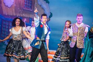Lee Latchfor Evans stars in Jack and the Beanstalk at Chesterfield Pomegranate Theatre. Photo by Alex Harvey-Brown.