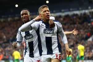 Steve Bruce wants Dwight Gayle to stop at Newcastle.