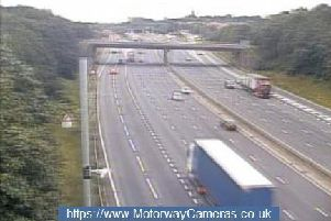 Breakdown closes M1 southbound lane between Chesterfield/Mansfield and Tibshelf junctions