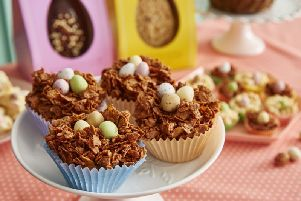 Booths White/Milk Chocolate Mini Egg Nests
