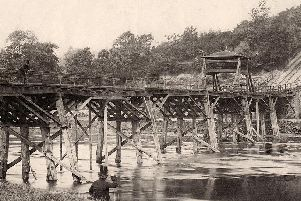 Tram Bridge during its days transporting coal across the Ribble. The tracks can be seen leading up to Avenham Park
