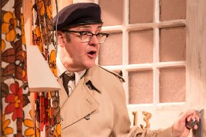 Joe Pasquale to star in Some Mothers Do 'Ave 'Em at Nottingham Theatre Royal next year