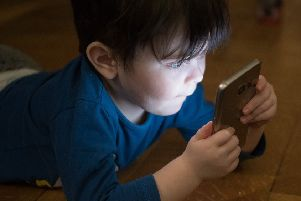 Should young children be given mobile devices?