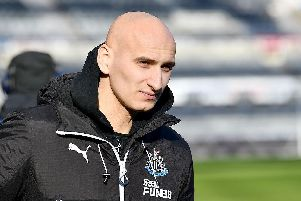 Jonjo Shelvey once again doesn't start for Newcastle United