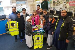 Volunteers from Masjid Zakaria, Masjid-e-Heera, Masjid-e-Bilal, Riz Nadat (Fusion Housing Support Worker) and Nicola Watson (Fusion Housing Food Bank Co-ordinator)