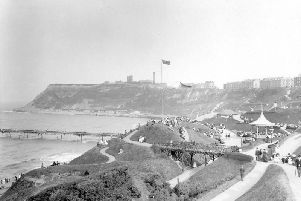 18 retro photos of Scarboroughs North Bay like youve never seen it before.