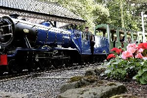 The train sets off..