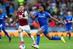 Clarets midfielder Jeff Hendrick in action against Everton at Turf Moor