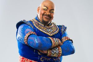 Genius Trevor Dion Nicholas shone as the quick-tongued genie who made the whole night a partaaaaay!
