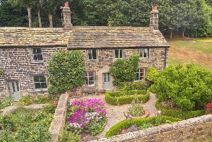 Dove Cottage is in Rawdon