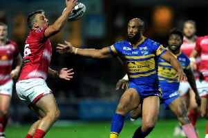 Lee Smith playing for Leigh against Rhinos in 2016. Picture by Jonathan Gawthorpe.