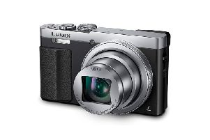 The Panasonic Lumix DMC-TZ70 has a 30x Leica zoom lens