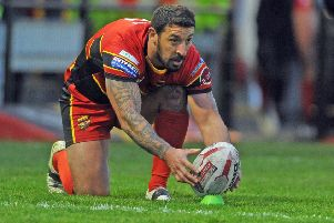 Paul Sykes kicked six goals and a drop goal as Dewsbury Rams suffered an agonising defeat to Toronto.