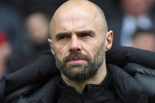 Rotherham United manager Paul Warne feels the last three or four games of the season should 'probably kick off at the same time'.