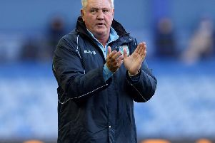 Steve Bruce has resigned as Sheffield Wednesday manager amid attempts by Newcastle United to lure him to the North East.