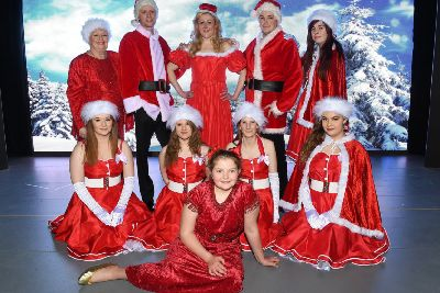 The Cast Of White Christmas.Putting The Spotlight On A Christmas Favourite Bridlington