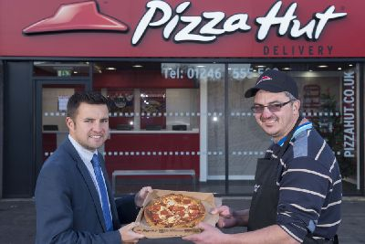 New Pizza Hut Opens In Chesterfield Derbyshire Times