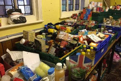 Benefit Changes Lots Of People Using Food Banks Are In